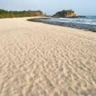 Kelembutan dan Halusnya Pasir Pantai
