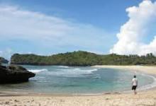 Lokasi dan Keindahan Pantai Srau Pacitan