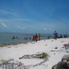 Lokasi dan Keindahan Pantai Cermin Medan