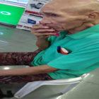MENGHARUKAN SEKALI! Kakek Ini Mau Belikan Cucu Sebuah Ponsel, 3 Bulan Kumpulkan Uang Tetap Kurang, Akhirnya . .